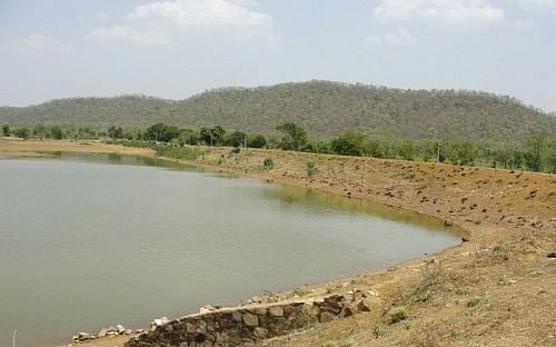 The Janbhora malguzari tank is the first tank which had been successfully restored. The Janbhora tank is located at 35 kms from Bhandara.