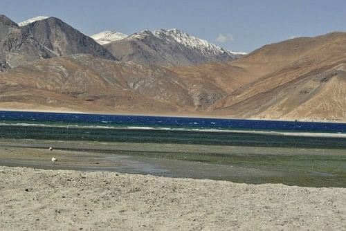 Pangong Lake, fifteen minutes and one and a half kilometres away from the spot of the previous picture.