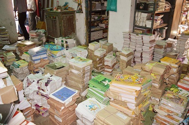 The Pitara that offers hundreds of books!