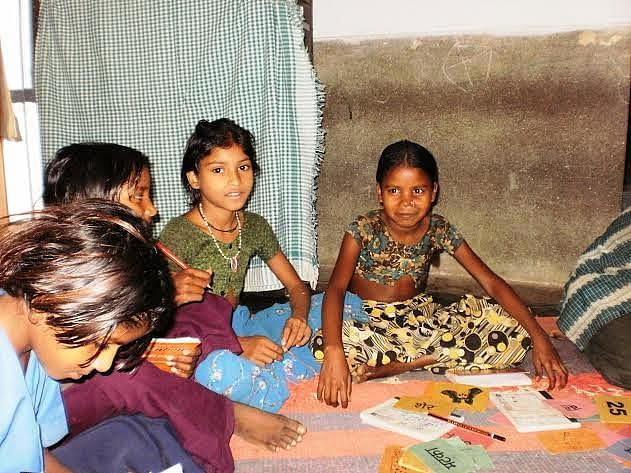 With rampant illiteracy and poverty, parents in remote tribal hamlets are not inclined to send their kids to school and, in fact, prioritise survival over education and end up pushing them into doing paid work in mines or agricultural labour. (Credit: WFS)