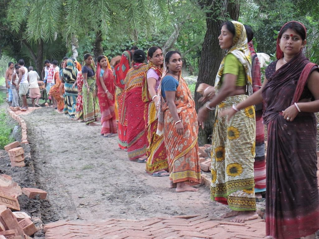 Women of Colonypara village in the Sunderbans region have joined hands to build more than 10 kilometres of brick roads connecting several previously inaccessible villages. (Credit: Saadia Azim\WFS)