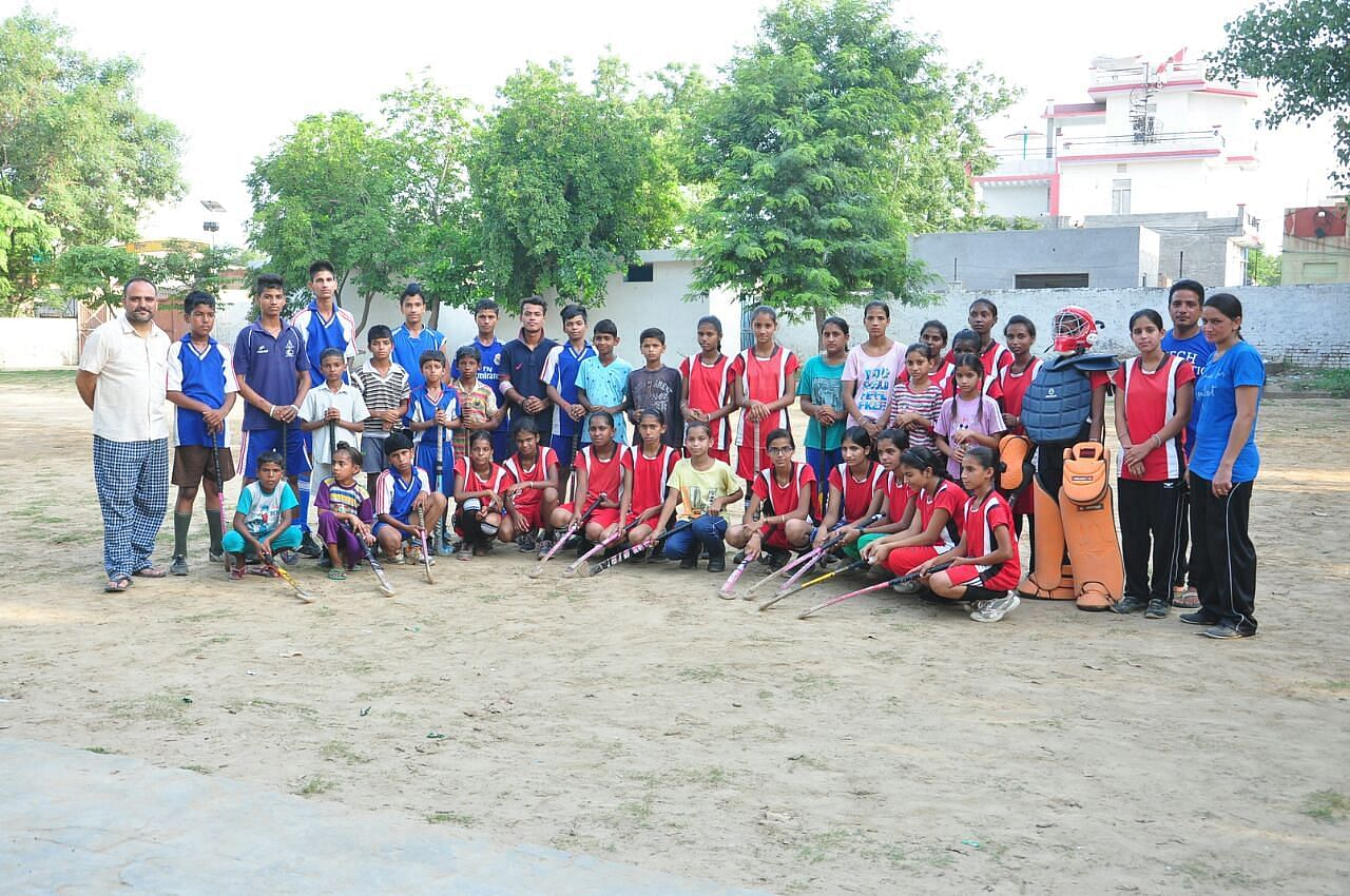 The Hockey-playing Kids and Their Benefactors