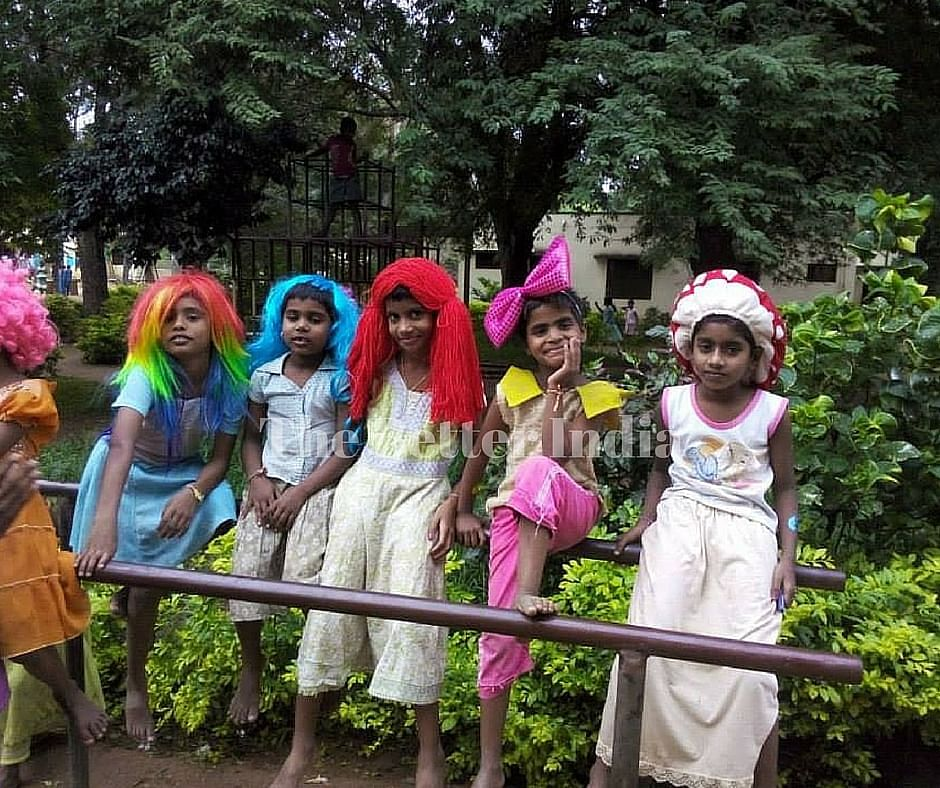 Humanitarian Clowns works across 20 locations in Chennai.