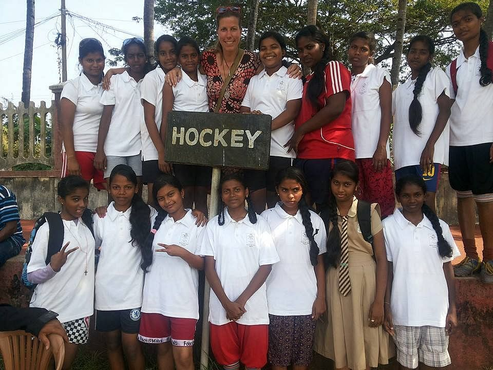 Andrea Thumshirn (centre) with her hockey proteges