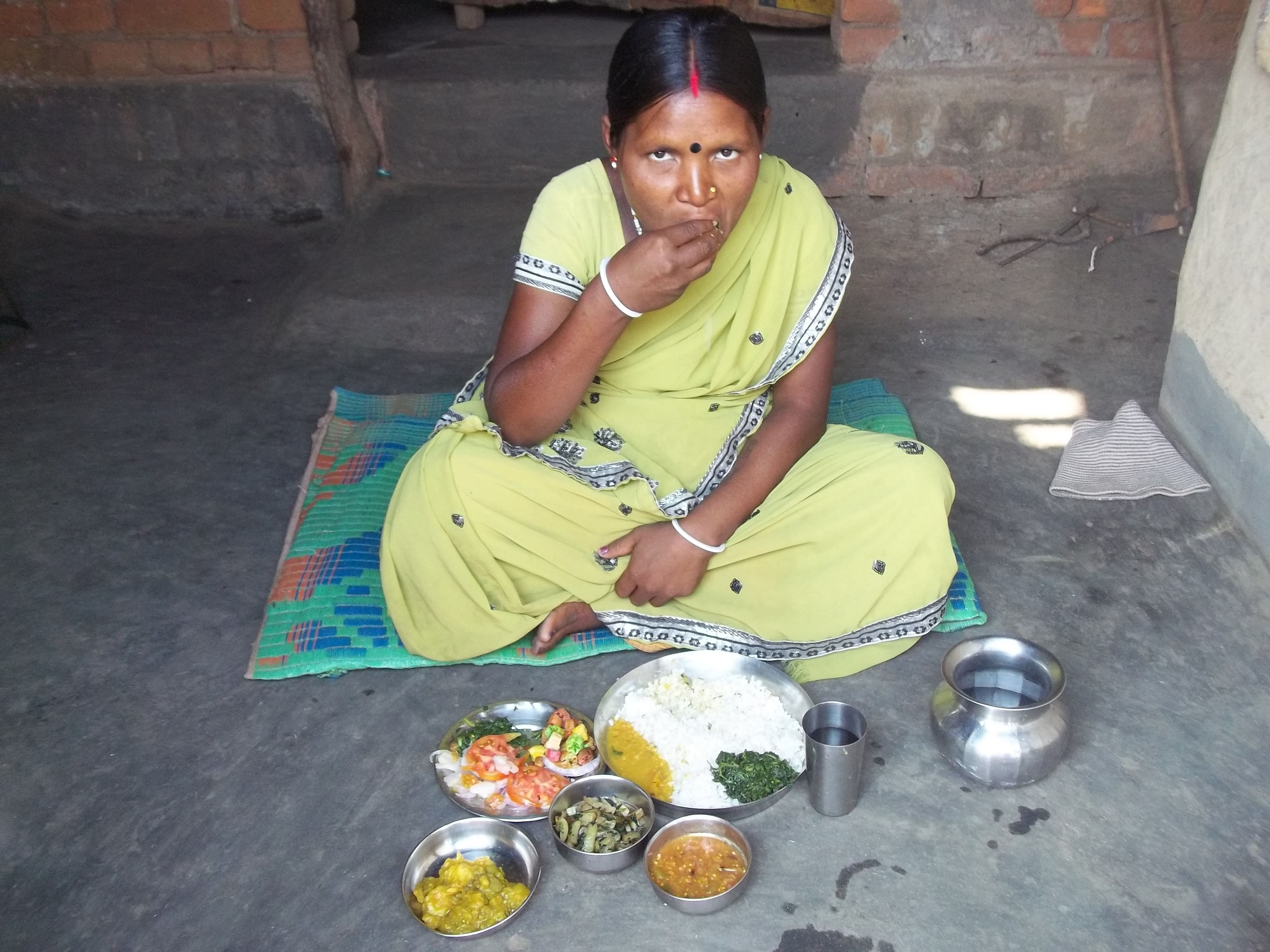 Women across 50 villages in Deoghar district of Jharkhand are cooking up the 'tiranga bhojan' or tricolour meal. (Credit: Saadia Azim\WFS)