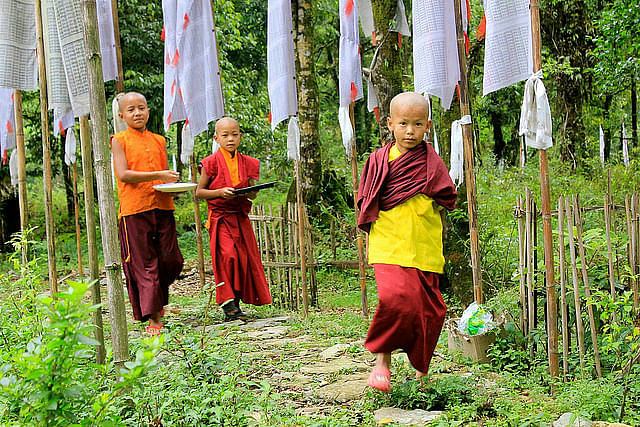 Little monks at Doling monastery