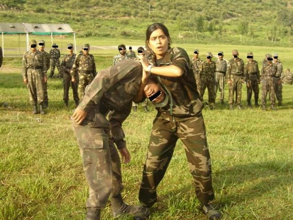 Dr. Seema Rao Giving Commando training the Indian forces ARMY SPECIAL FORCES NAVY AIRFORCE ARMY (3)