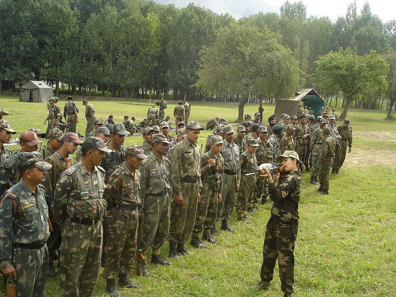 Seema_Rao_training_the_forces_on_Rao_System_of_Reflex_Shooting