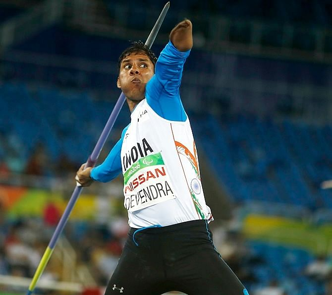 2016 Rio Paralympics - Athletics - Men's Javelin Throw - F46 Final - Olympic Stadium - Rio de Janeiro, Brazil - 13/09/2016. Devendra of India competes. REUTERS/Ricardo Moraes FOR EDITORIAL USE ONLY. NOT FOR SALE FOR MARKETING OR ADVERTISING CAMPAIGNS. - RTSNM8C