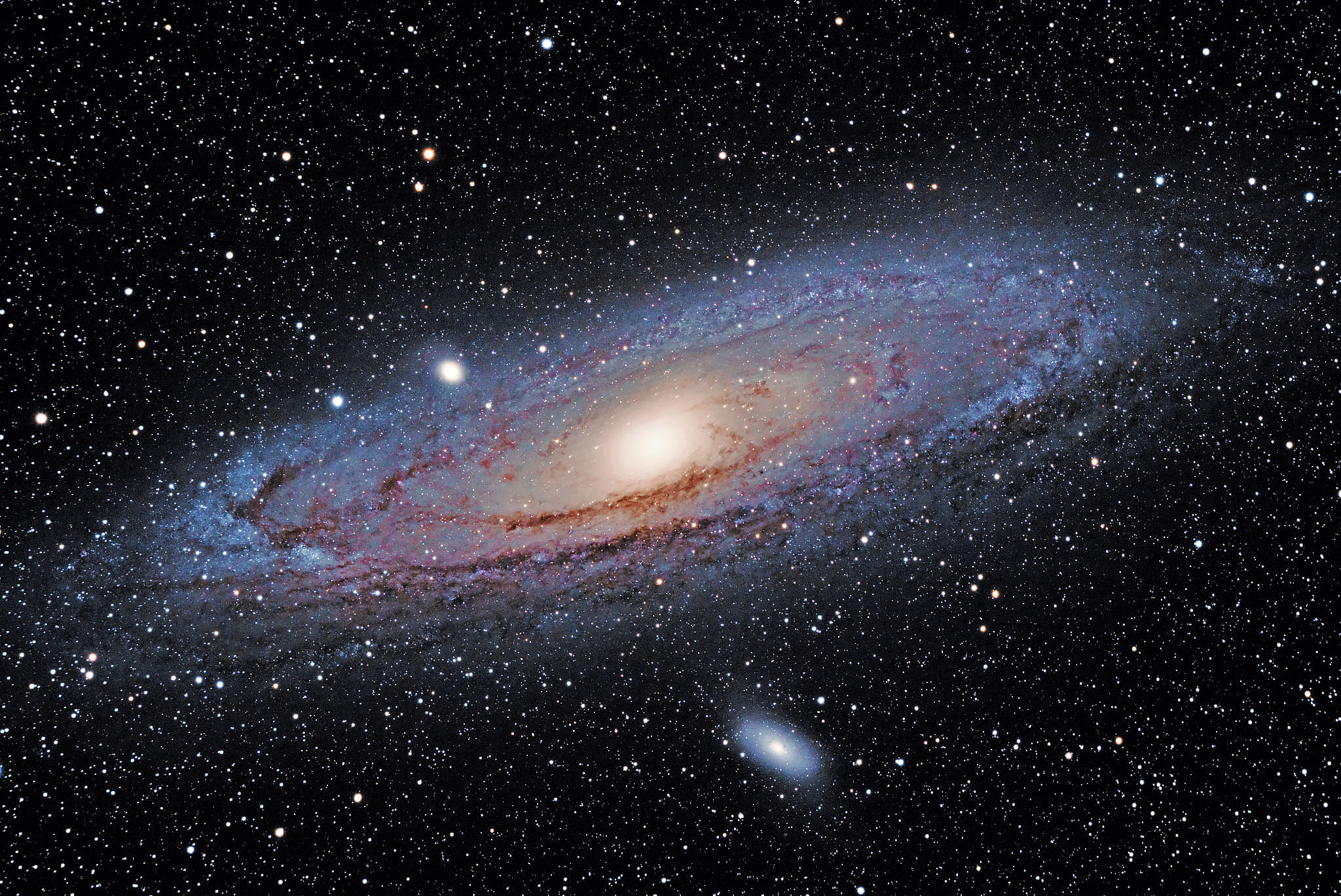 6 Indian Astronomers have Discovered 25 Extremely Rare Giant Radio Galaxies, Stunning the World